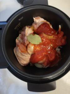 鶏肉トマト煮 前